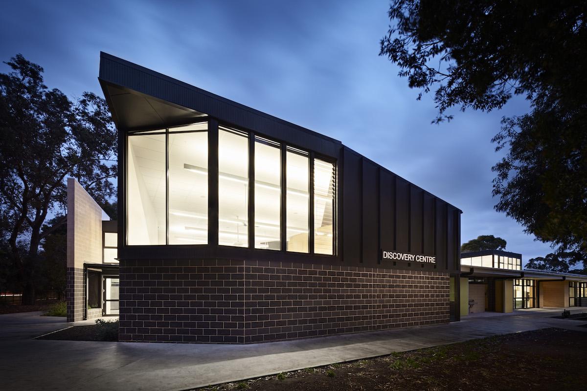 ClarkeHopkinsClarke - Sandringham College - Interior & Photography Archive