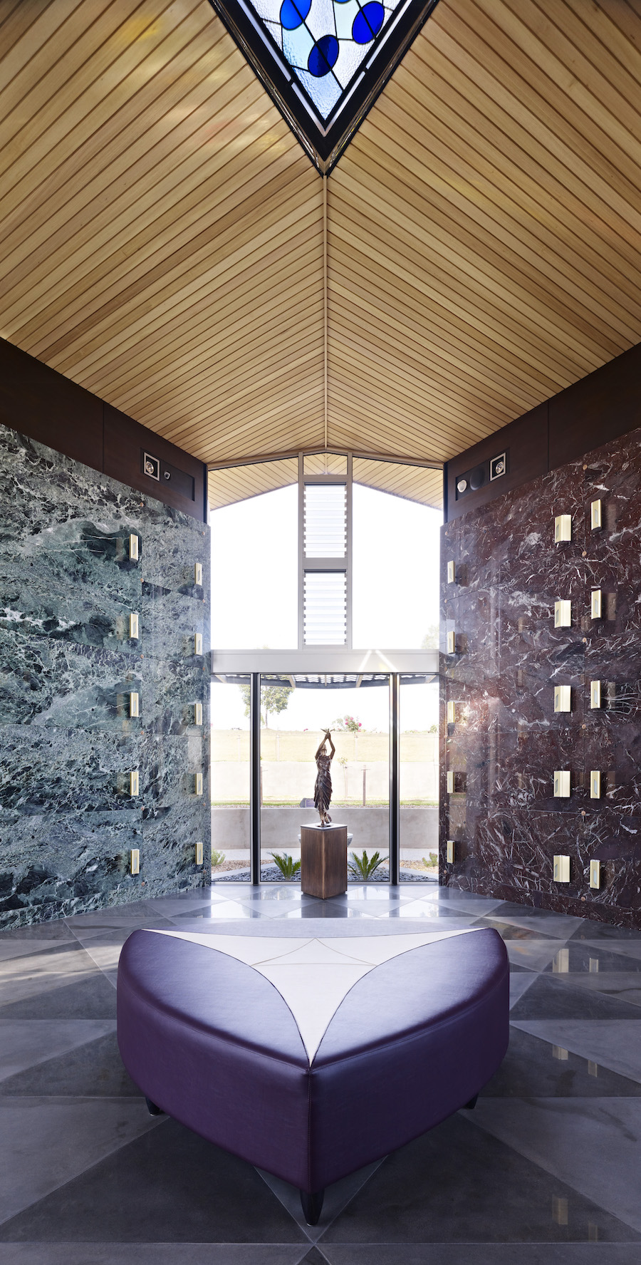 Harmer Architecture - Geelong Community Mausoleum - Architecture & Photography Archive