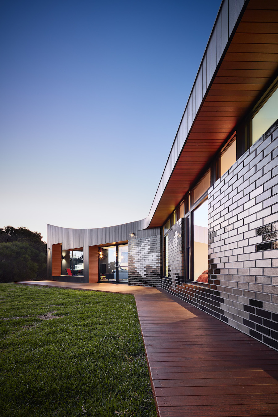 Hayne Wadley Architecture - Waratah Bay House - Architecture & Interior Archive - Image 1