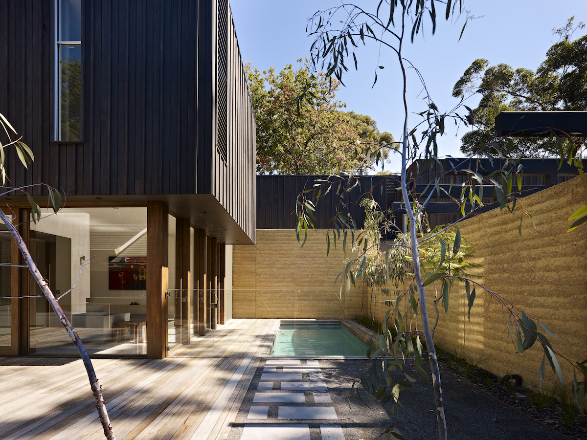 Neil Architecture - Blackburn Dual Residence - Architecture & Interior Archive