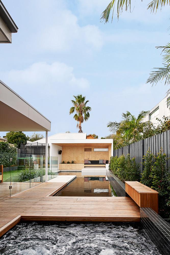 Brighton Bunker - Australian Timber Deck Pool - Dan Gayfer Design - Architecture Archive