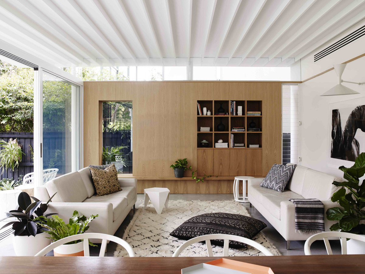 Coogee House - Australian Timber Detailing Livingroom - Madeleine Blanchfield Architects - Interior Archive