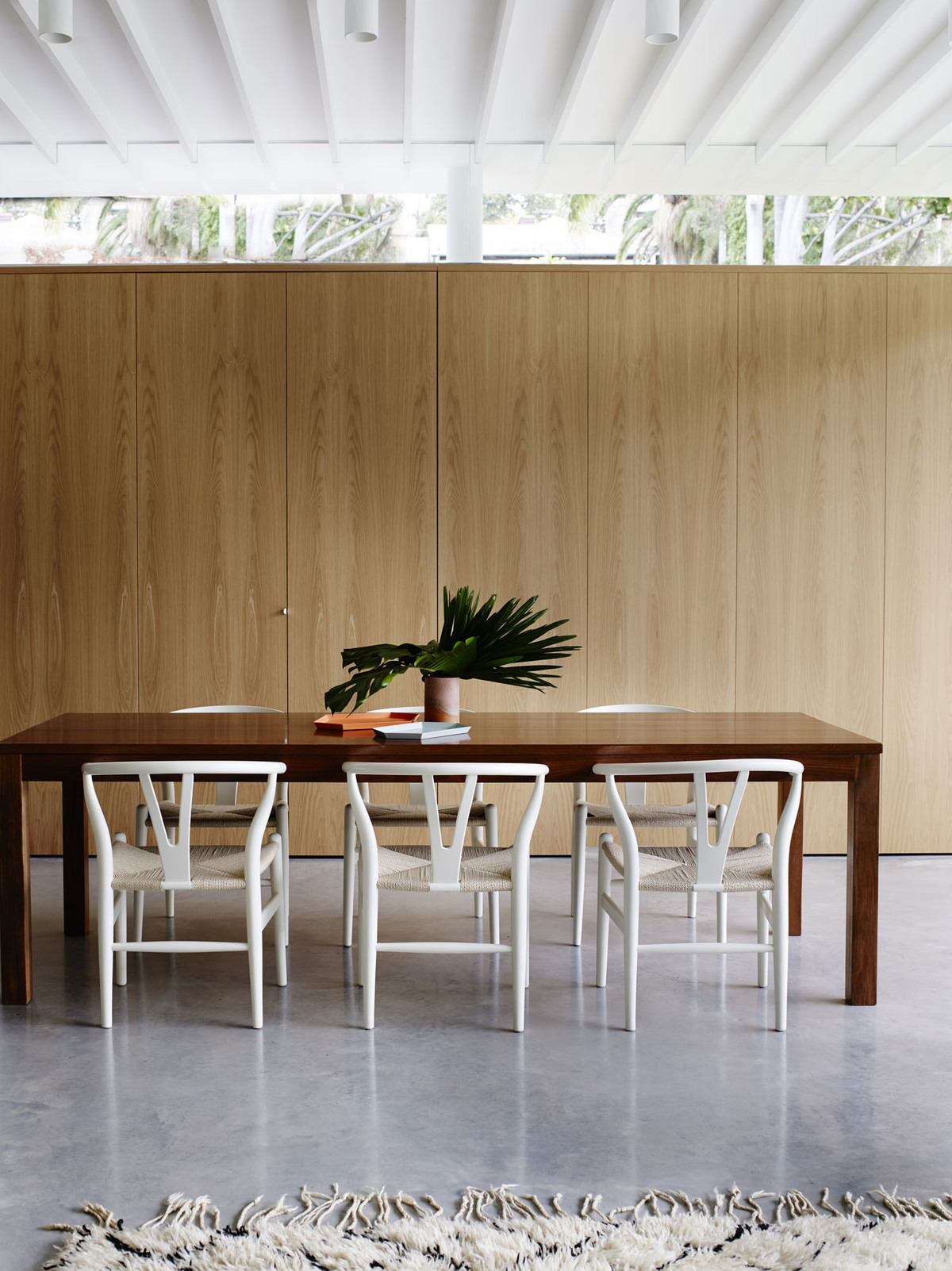 Coogee House - Australian Timber Diningroom - Madeleine Blanchfield Architects - Interior Archive