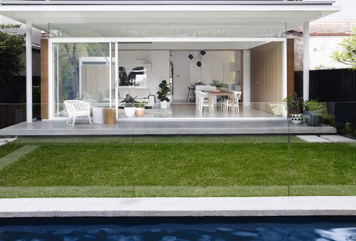 Coogee House - Local Exterior Garden Design - Madeleine Blanchfield Architects - Interior Archive
