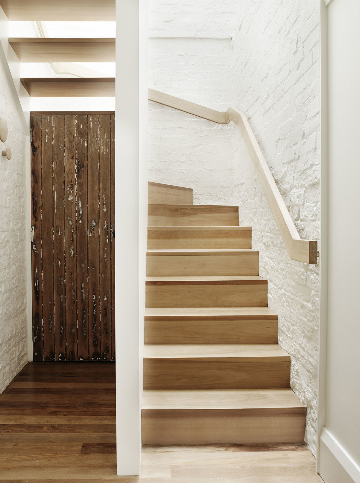 Coogee House - Local Timber Stairwell - Madeleine Blanchfield Architects - Interior Archive