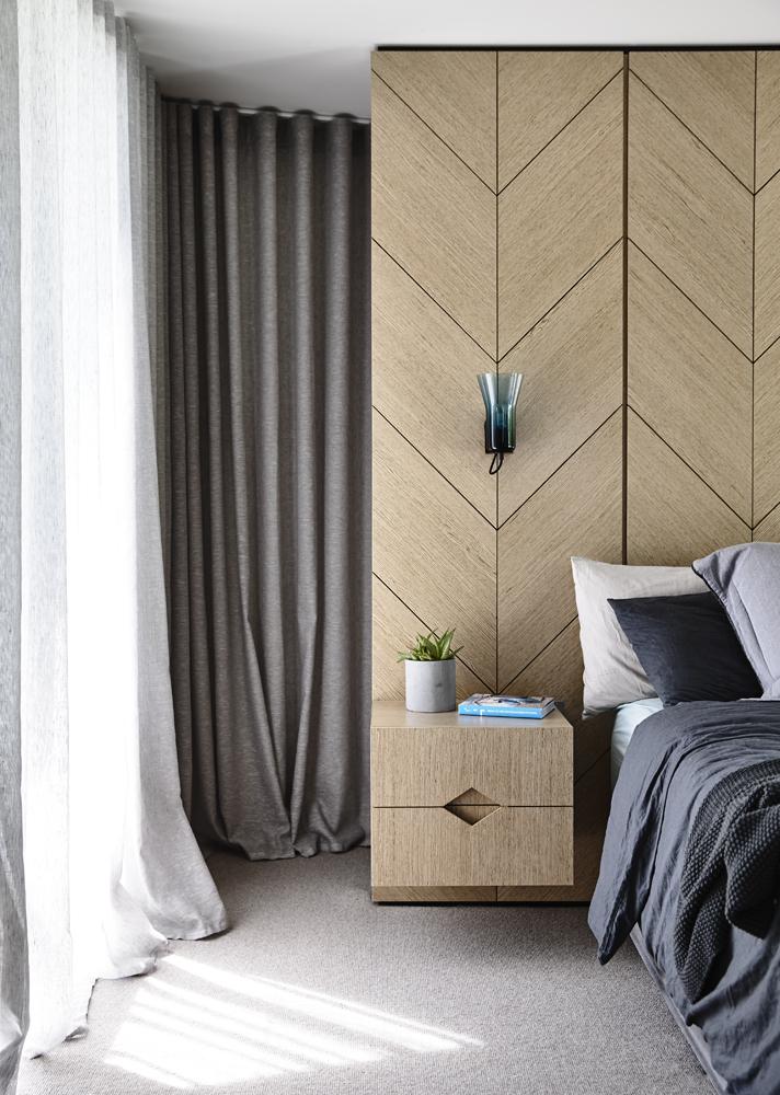 Doherty Design Studio - Australian Bedroom Timber Detailing - Hawthorn Residence - Interior Design Archive
