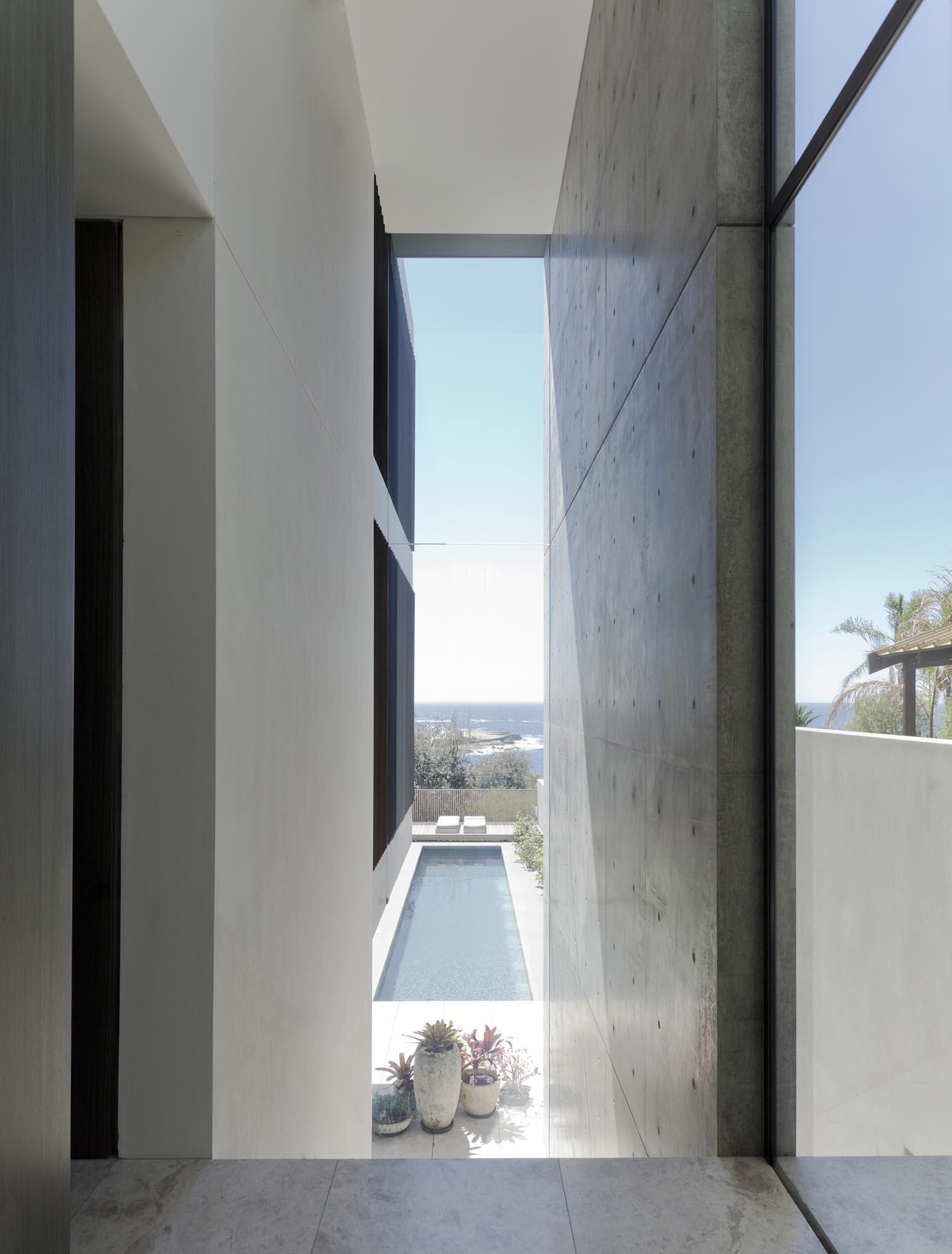 Gordon's Bay House - Australian Exterior Pool - Madeleine Blanchfield Architects - Architecture Archive