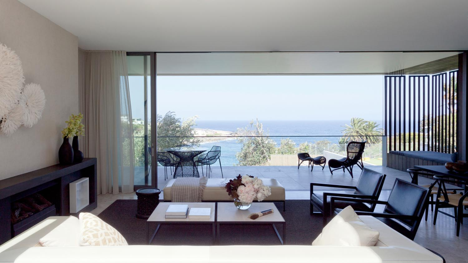 Gordon's Bay House - Local Living Room Ocean View - Madeleine Blanchfield Architects - Architecture Archive
