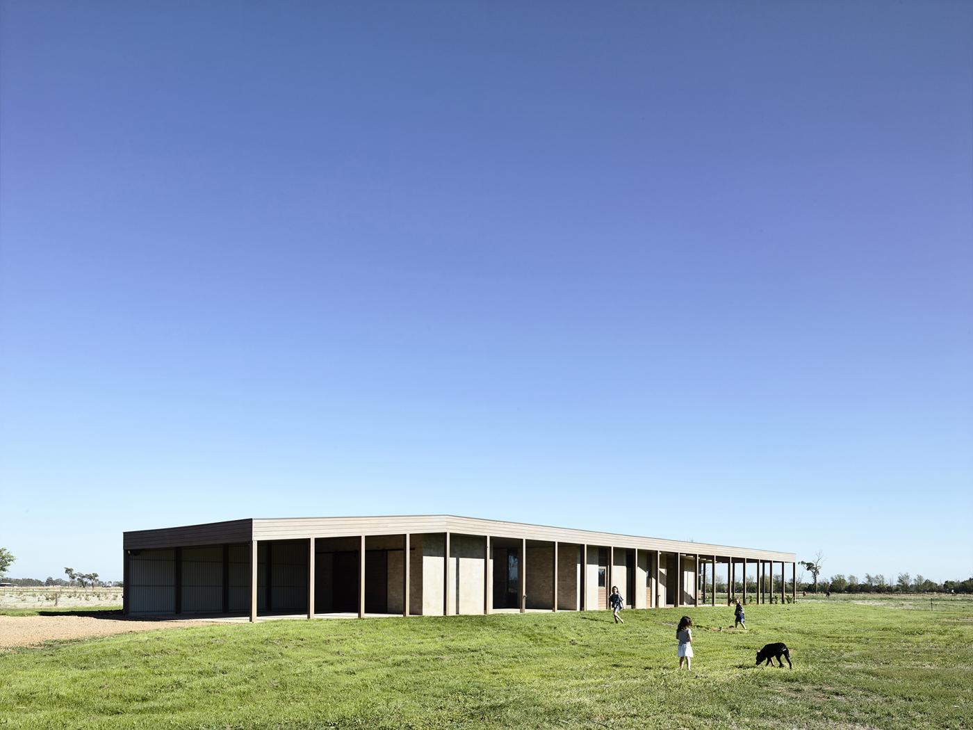 Gouldburn Valley House - Rob Kennon Architects exterior shot horse derek swalwell