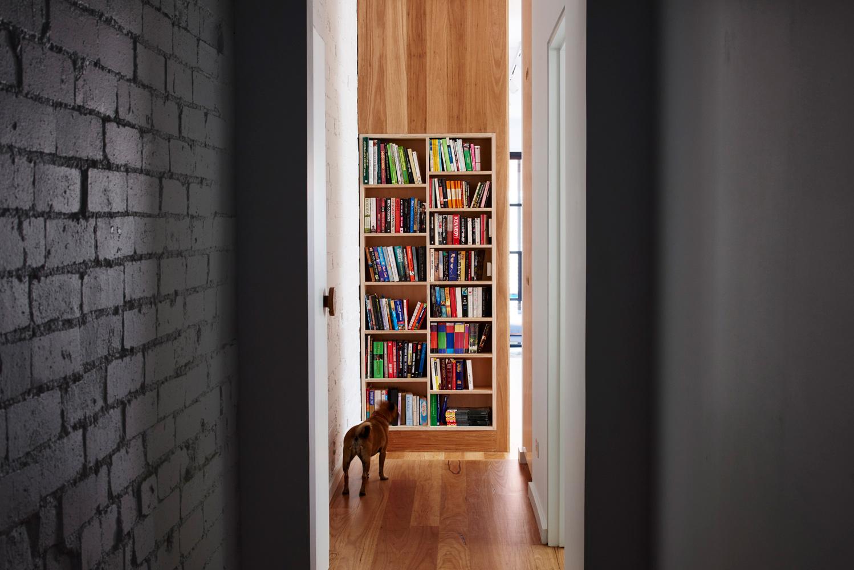 High House - Australian Timber Book Case - Dan Gayfer Design - Interior Archive