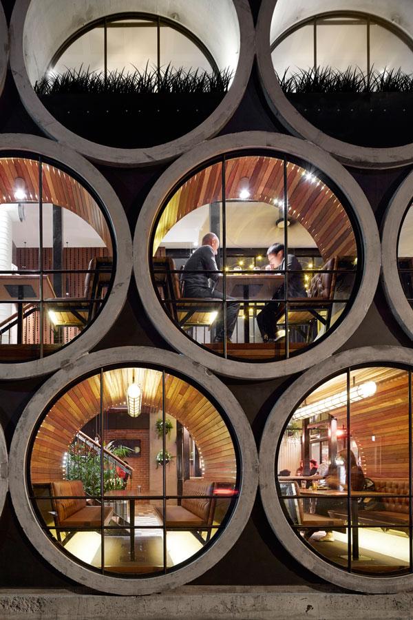 Prahran Hotel - Local Window Seating - Techne Architecture + Interior Design - Interior Archive