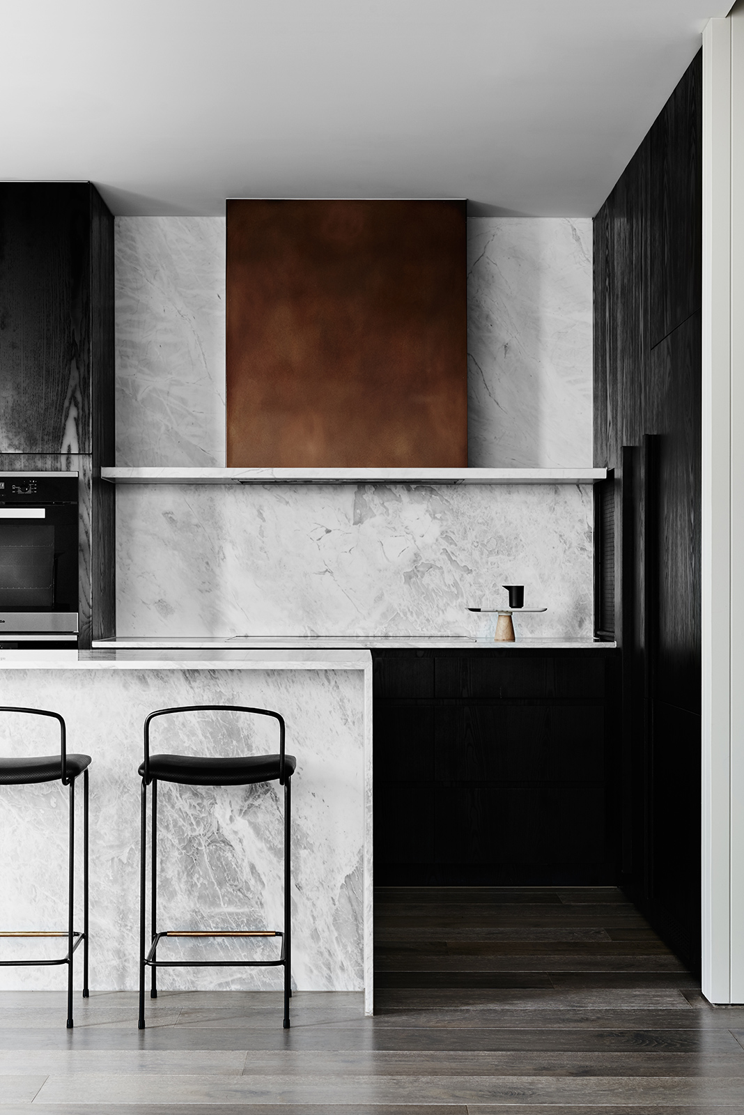 Hampton Residence - Australian Kitchen Marble - We Are Huntly - Interior Archive