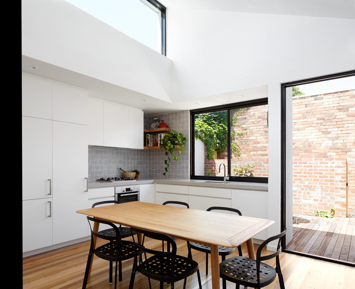 Natural Light Design Of Princess Hill House By Tom Robertson, Melbourne, Vic (7)