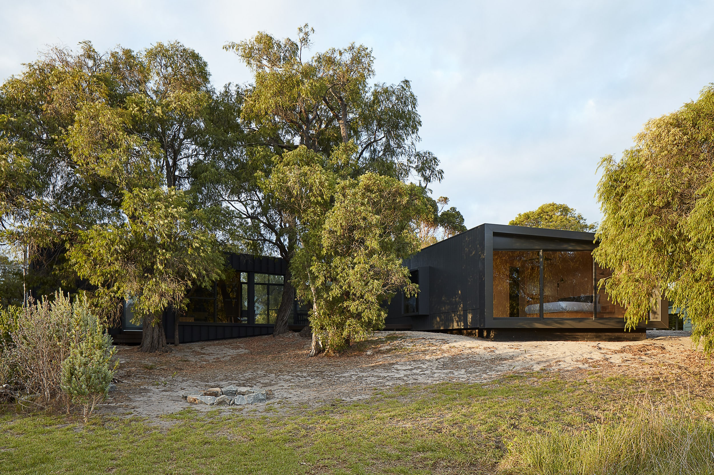 82 Degrees By Meaghan White Architect Local Australian Design And Interiors Quindalup, Wa Image 12
