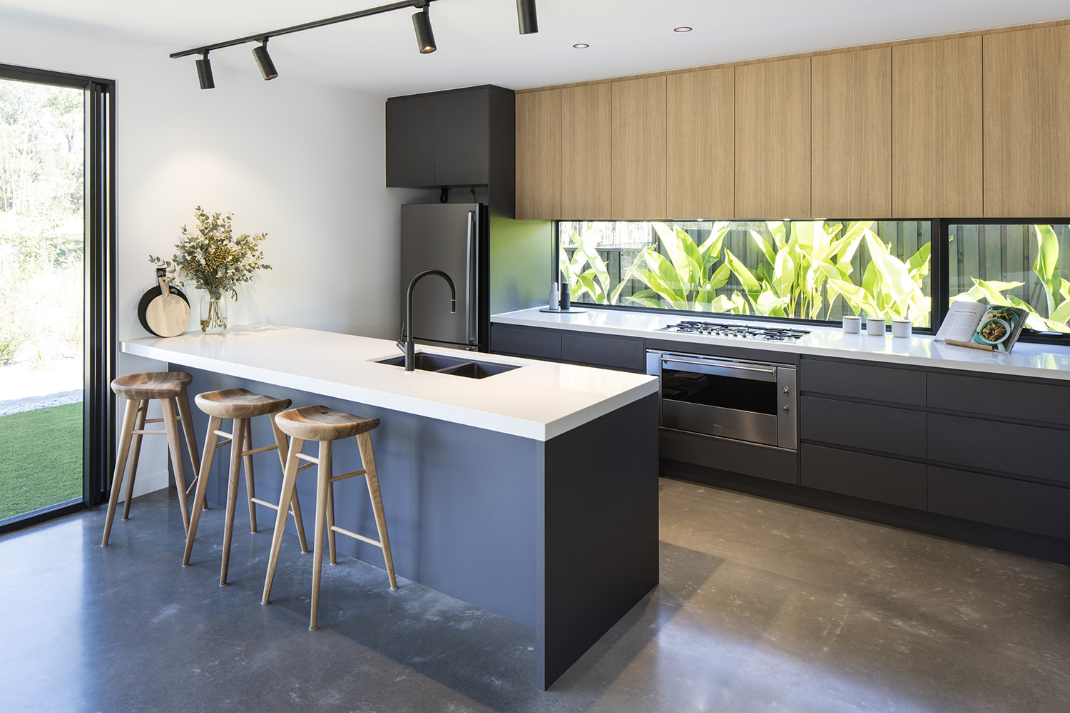 Gallery Of Balgownie By Dayne Lawrie Constructions Local Australian Design And Interiors Peregian Springs, Qld Image 24