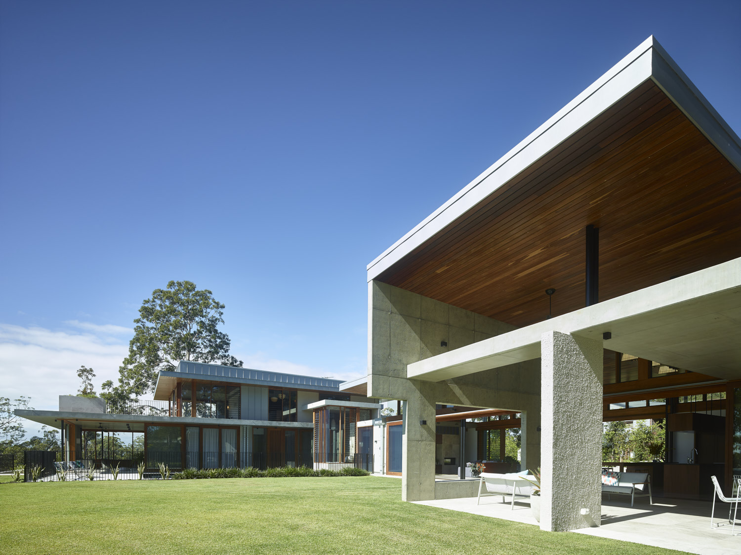 The Nest House By Shaun Lockyer Architect
