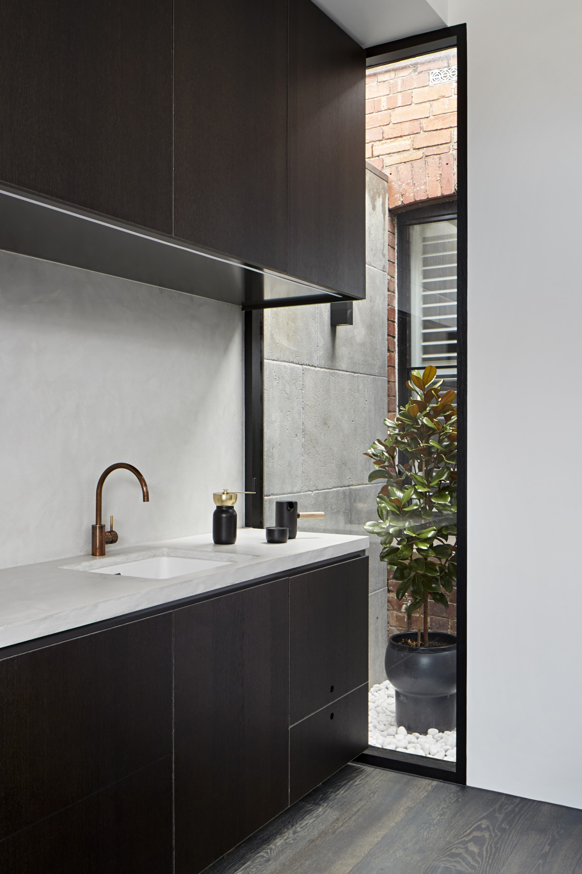 The Pocket House By Whiting Architects The Fisher & Paykel Series Melbourne, Victoria, Australiaf&p Whiting Littleogrady ©smg 8761 Min