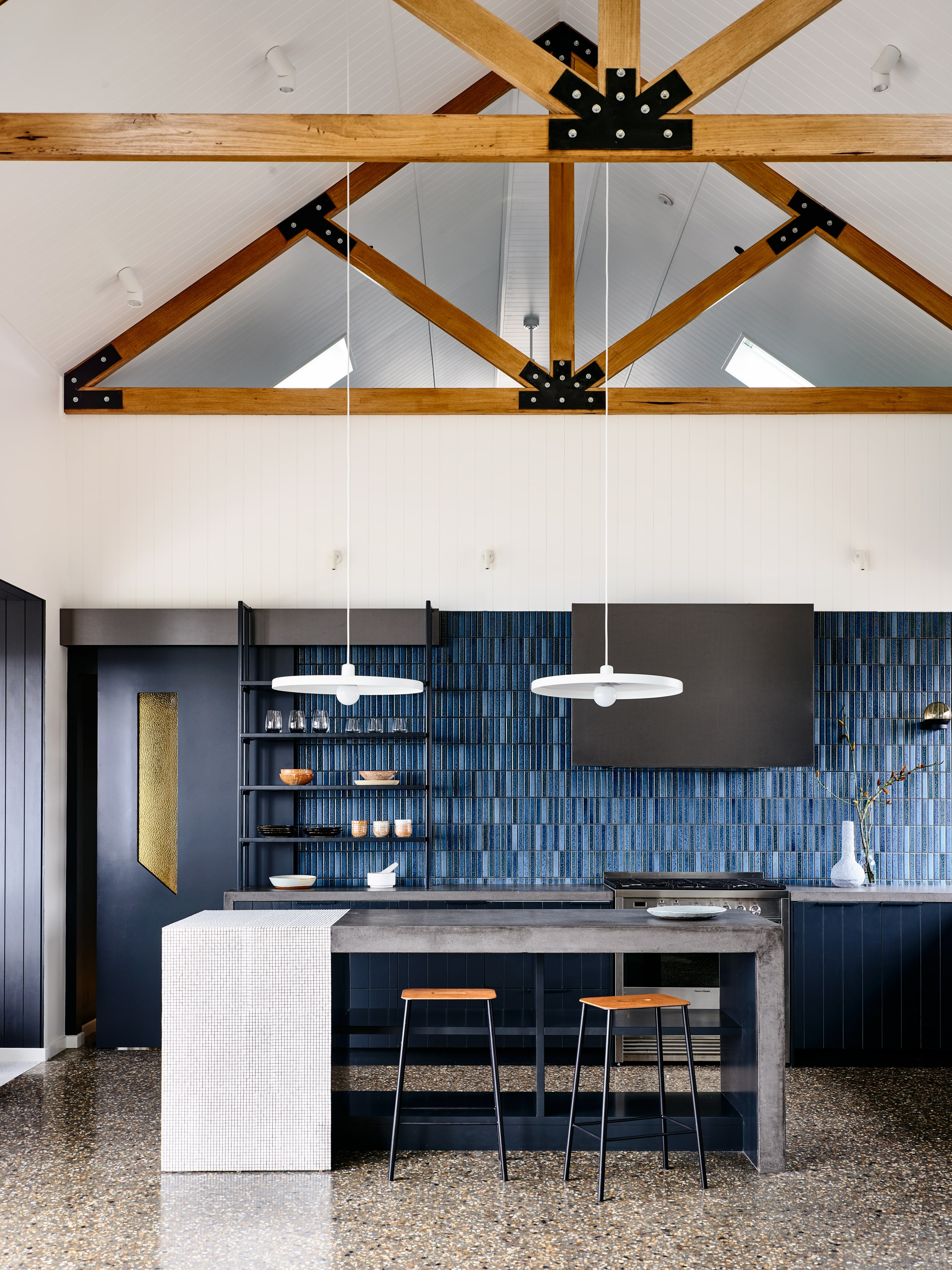 Beechworth Residential Project By Doherty Design Studio Photographed By Derek Swalwell Project Feature Local Australian Architecture And Interior Designdds Beechworth002 Min