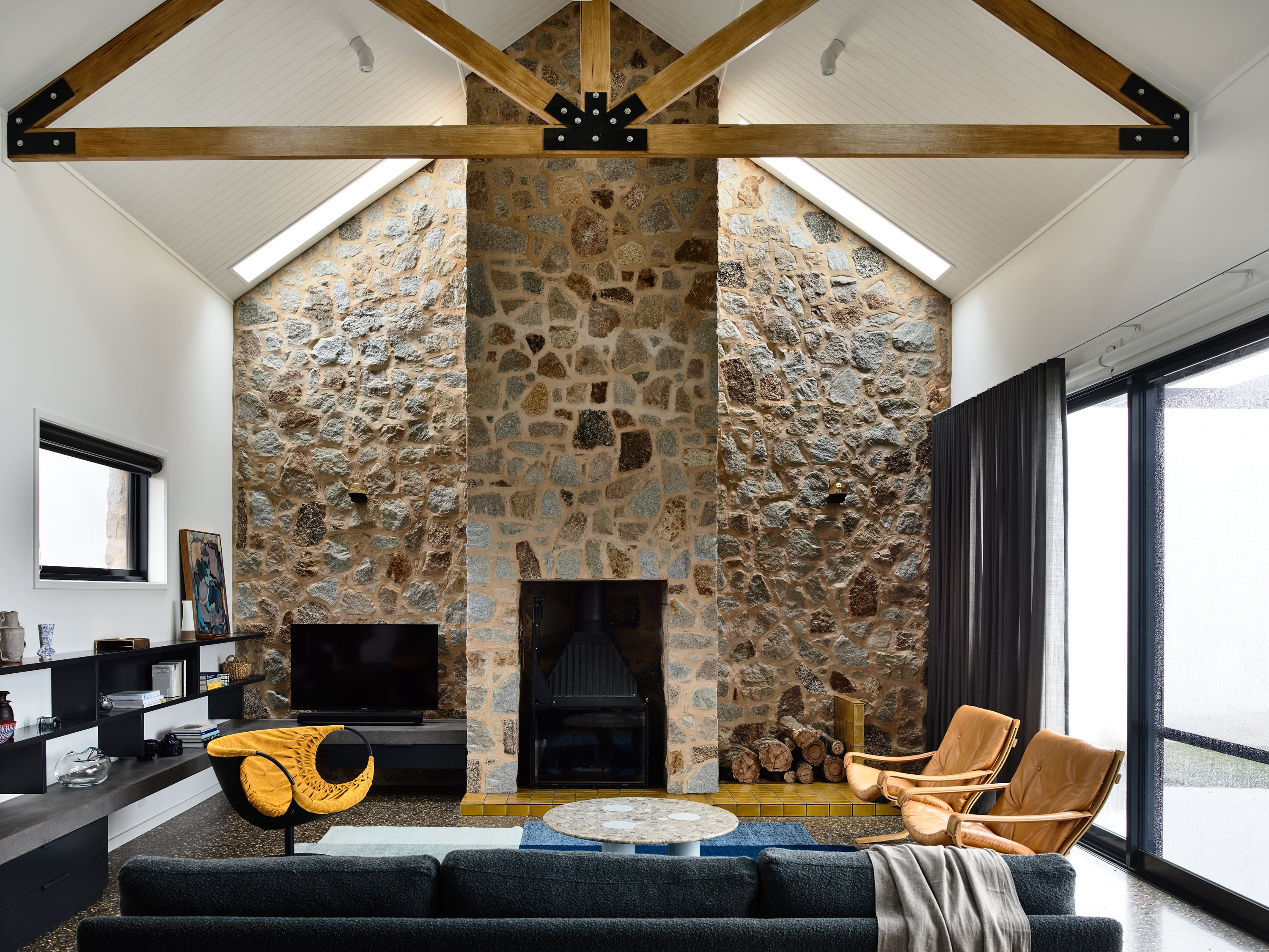 Gallery Of Beechworth Residence By Doherty Design Studio Local Residential Interiors & Architecture Beechworth, Vic Image 12