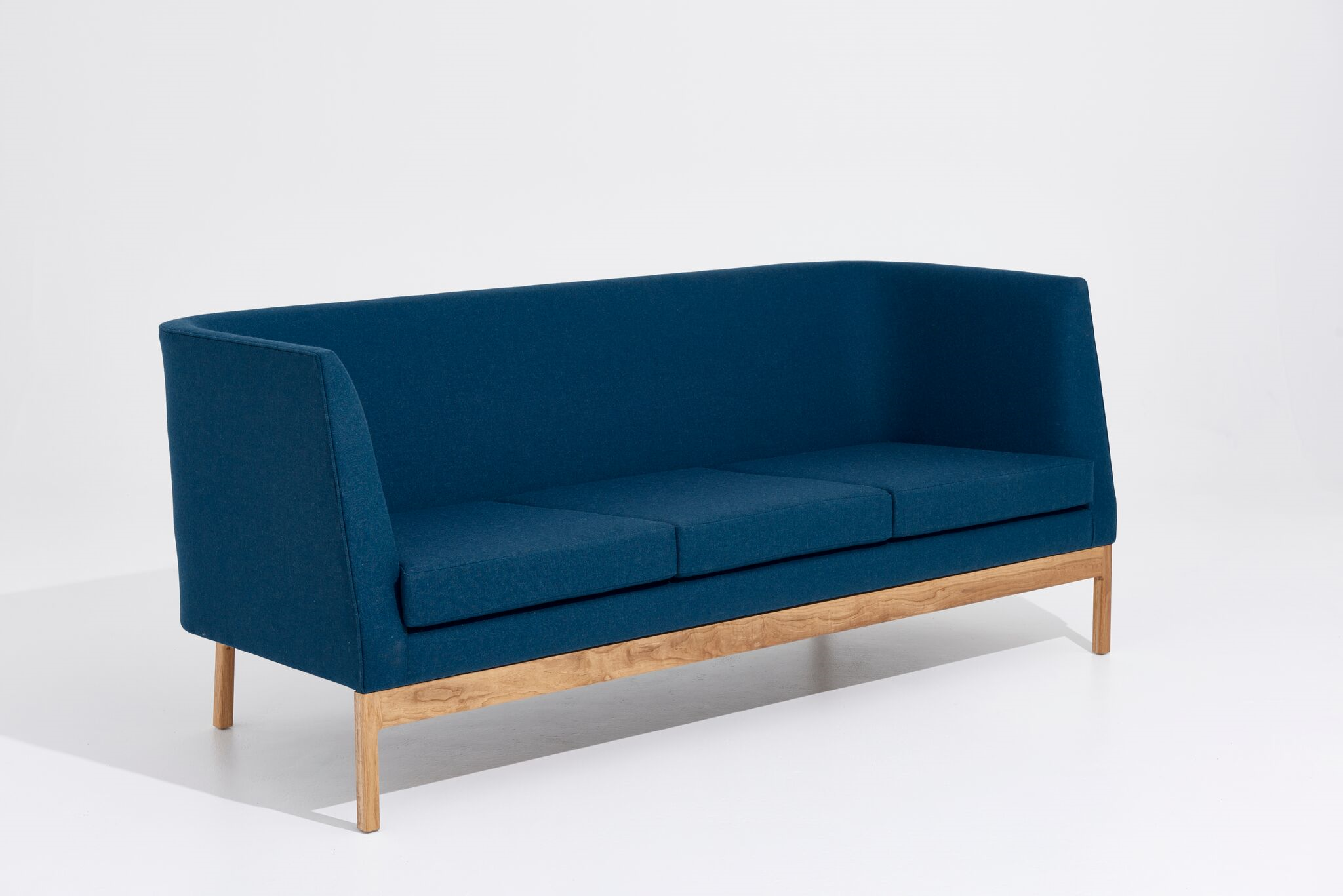 This piece is complemented perfectly by matching Heir Armchair by Apparentt.
