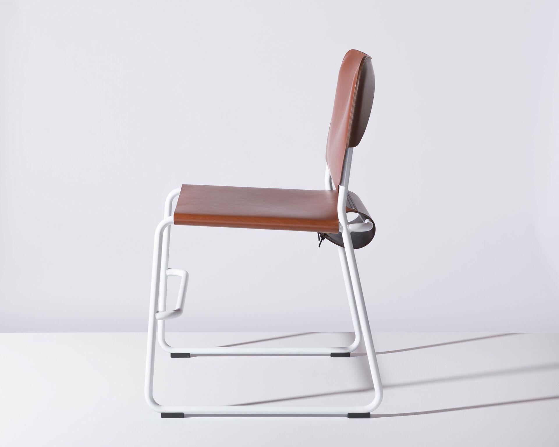 the unique romanticism of leather furniture