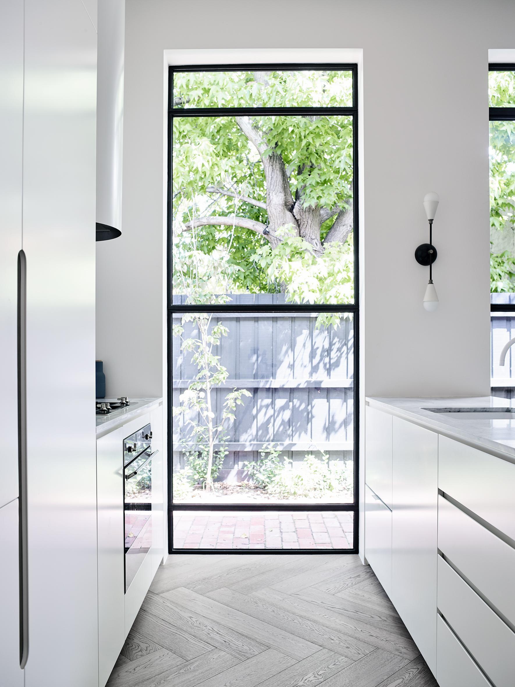 Prahran Residence by Luck Bock - Interior Design Australian Local Architecture - Elba New Volumes