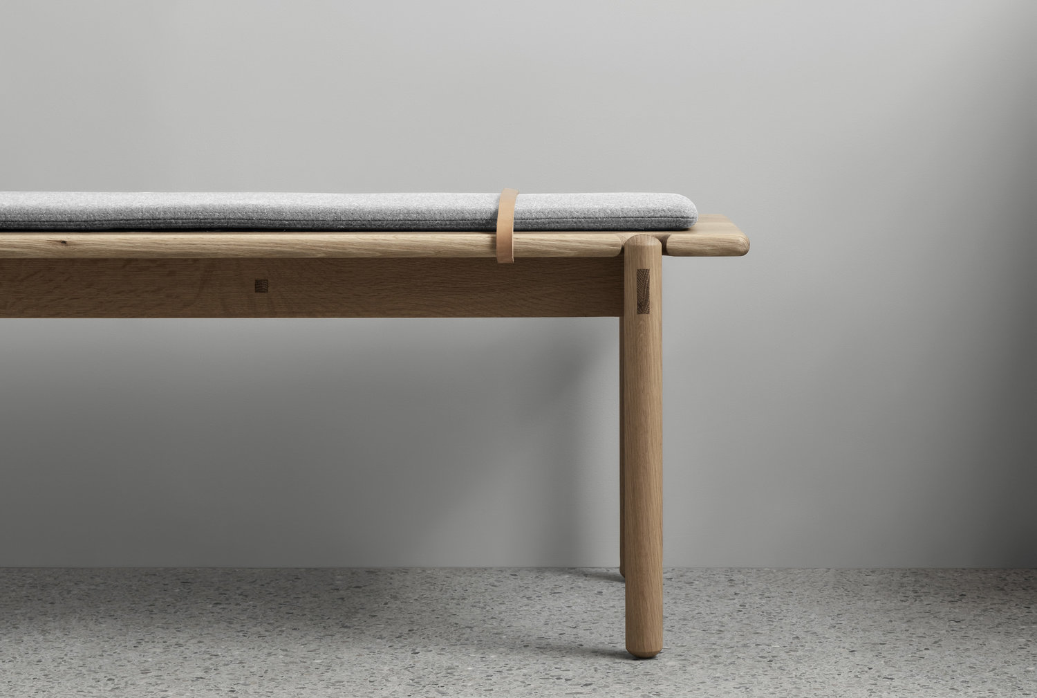 front details of the AOB-S bench seat by Made by Morgen - timber detailing