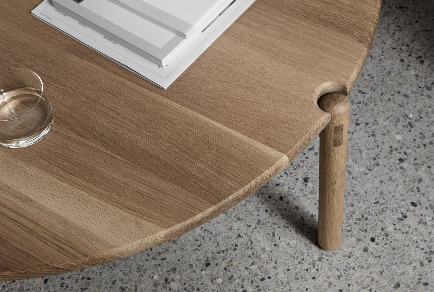 Made by Morgen understands that all design needs are unique so this piece is completely customisable according to materials, dimensions and finish.