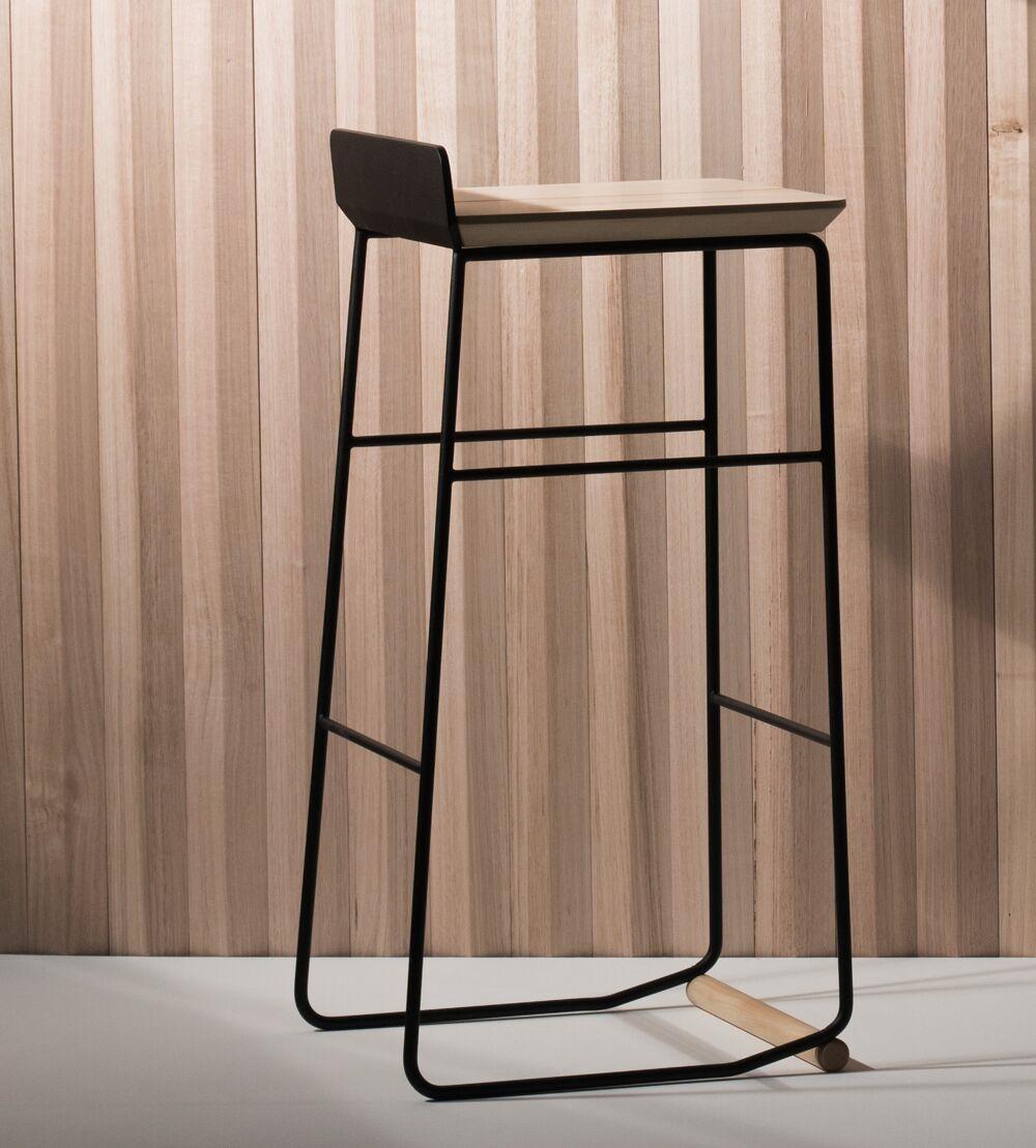 Ossa stool by jaron dickson of ontic design