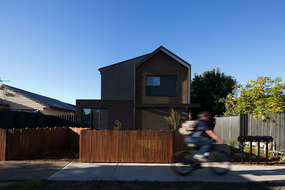 Gallery Of Social House By Bent Architecture Local Australian Residential Design Newport, Melbourne Image 1