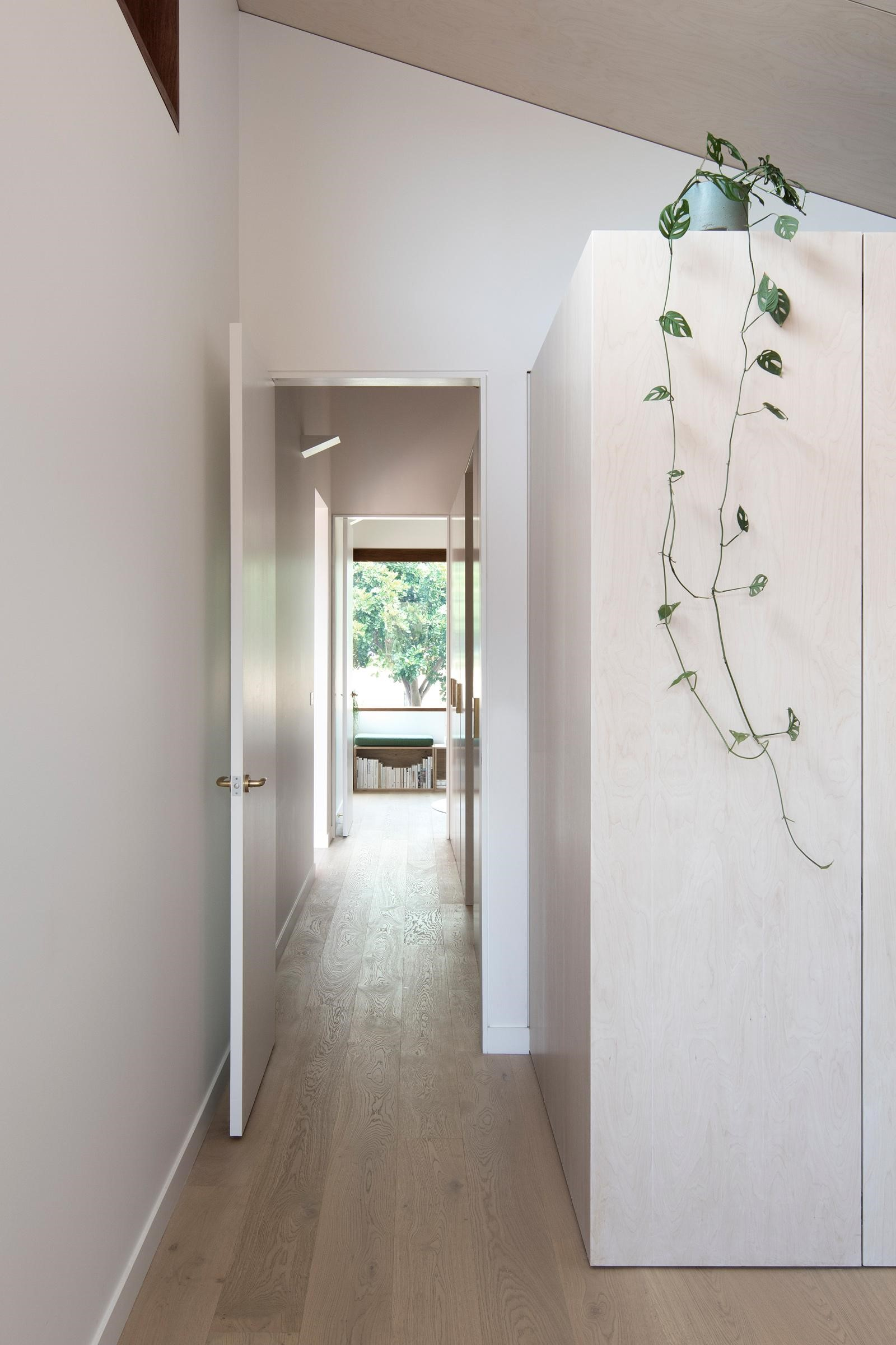 Gallery Of The Three Piece House By Trias Studio Local Australian Bespoke Interiors And Contempoary Design Sydney, Nsw Image 21