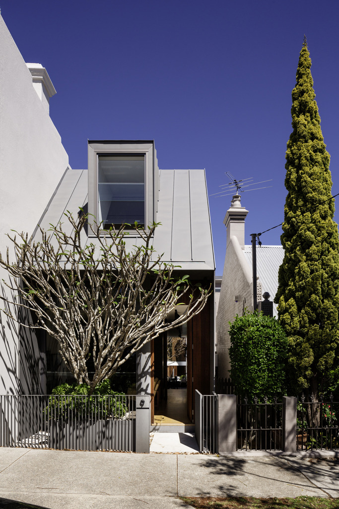 Gallery Of The Two Wall House By Woods Bagot Local Australian Architectural Design And Modern Interiors Lilyfield, Sydney Image 14