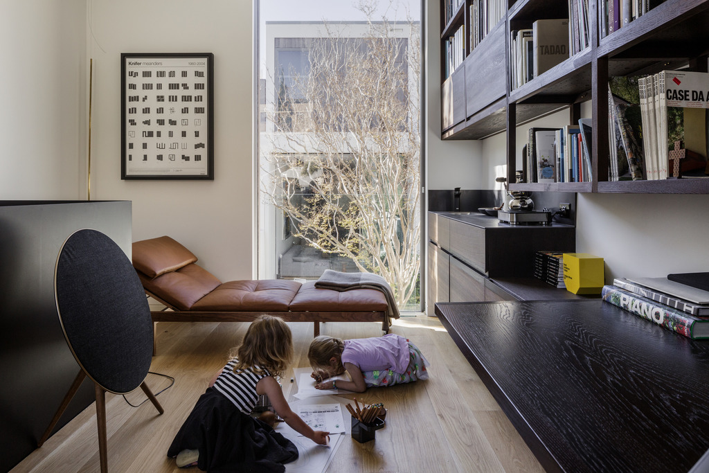 Gallery Of The Two Wall House By Woods Bagot Local Australian Architecture And Residential Bespoke Interiors Lilyfield, Sydney Image 35