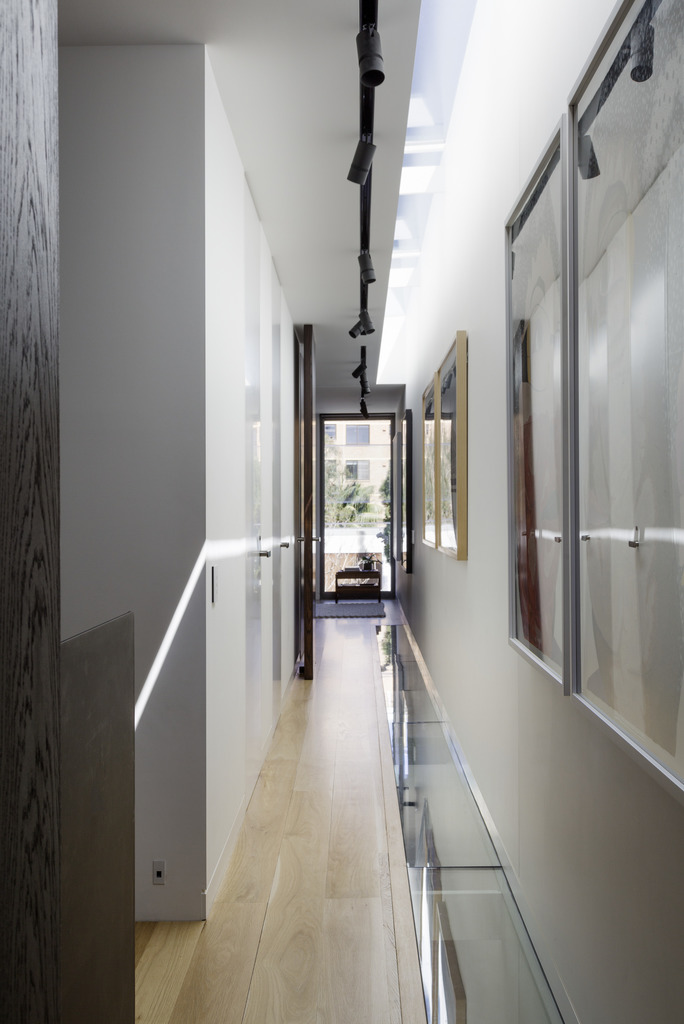Gallery Of The Two Wall House By Woods Bagot Local Australian Interior Architecture And Contempoary Design Lilyfield, Sydney Image 27