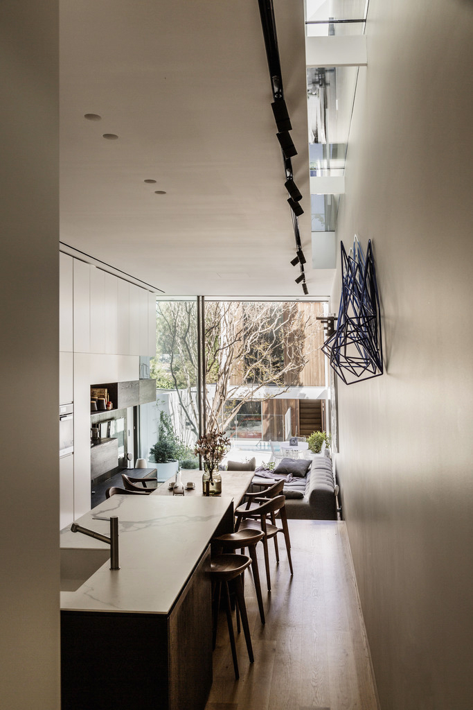 Gallery Of The Two Wall House By Woods Bagot Local Australian Interior Architecture And Contempoary Design Lilyfield, Sydney Image 28