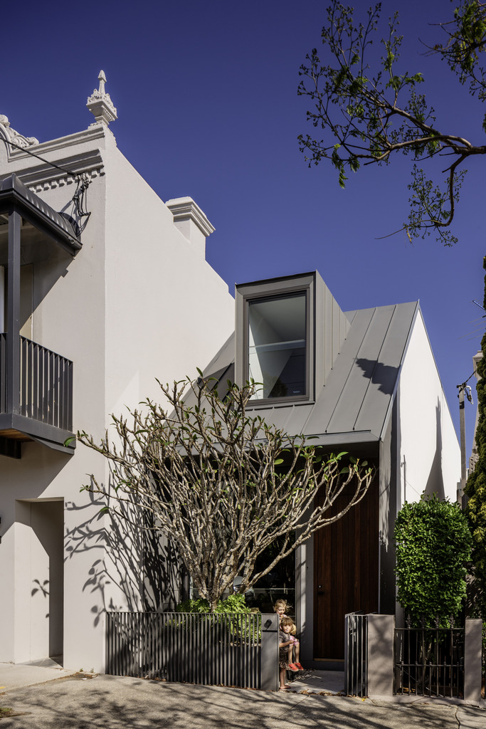 Gallery Of The Two Wall House By Woods Bagot Local Australian Interior Design & Bespoke Architecture Lilyfield, Sydney Image 20