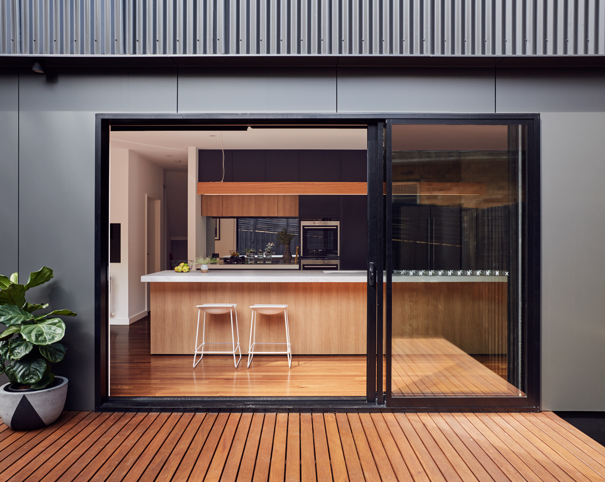 Gallery Of Blackburn House By Archiblox Local Australian Architecture & Design Blackburn, Vic Image 4