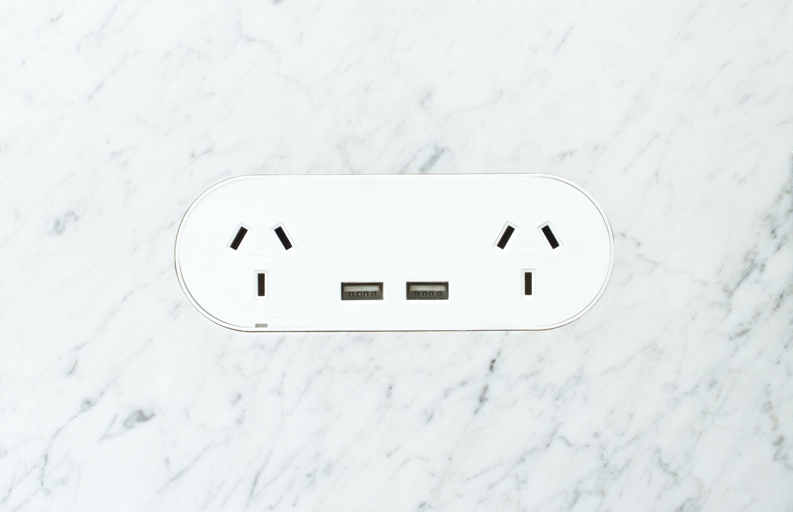 Zetr Double Outlet With Usb Matte White In Marble Min