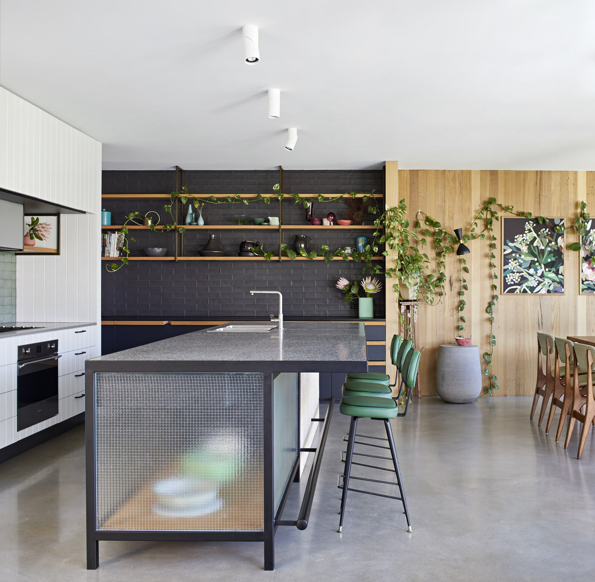 The Trick To Make The Annexe Feel Like A Part Of The Garden Is Creating Green Spaces On Both Sides