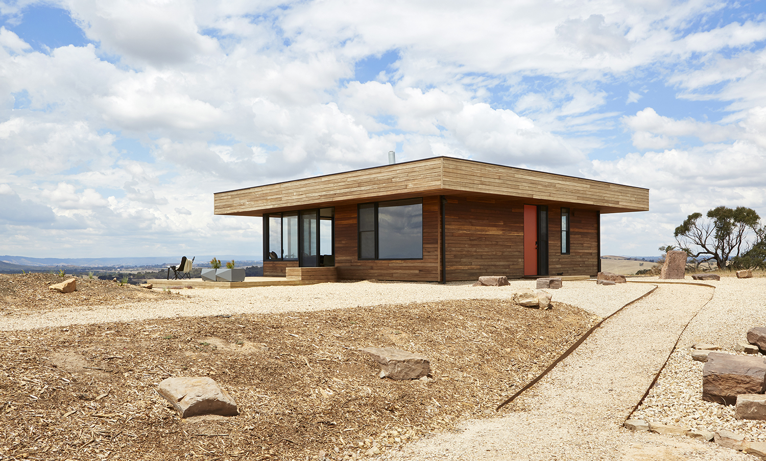 5 The Design Began With The Beautiful Yet Rugged Site In High Camp, Fifteen Minutes Outside Of Kilmore