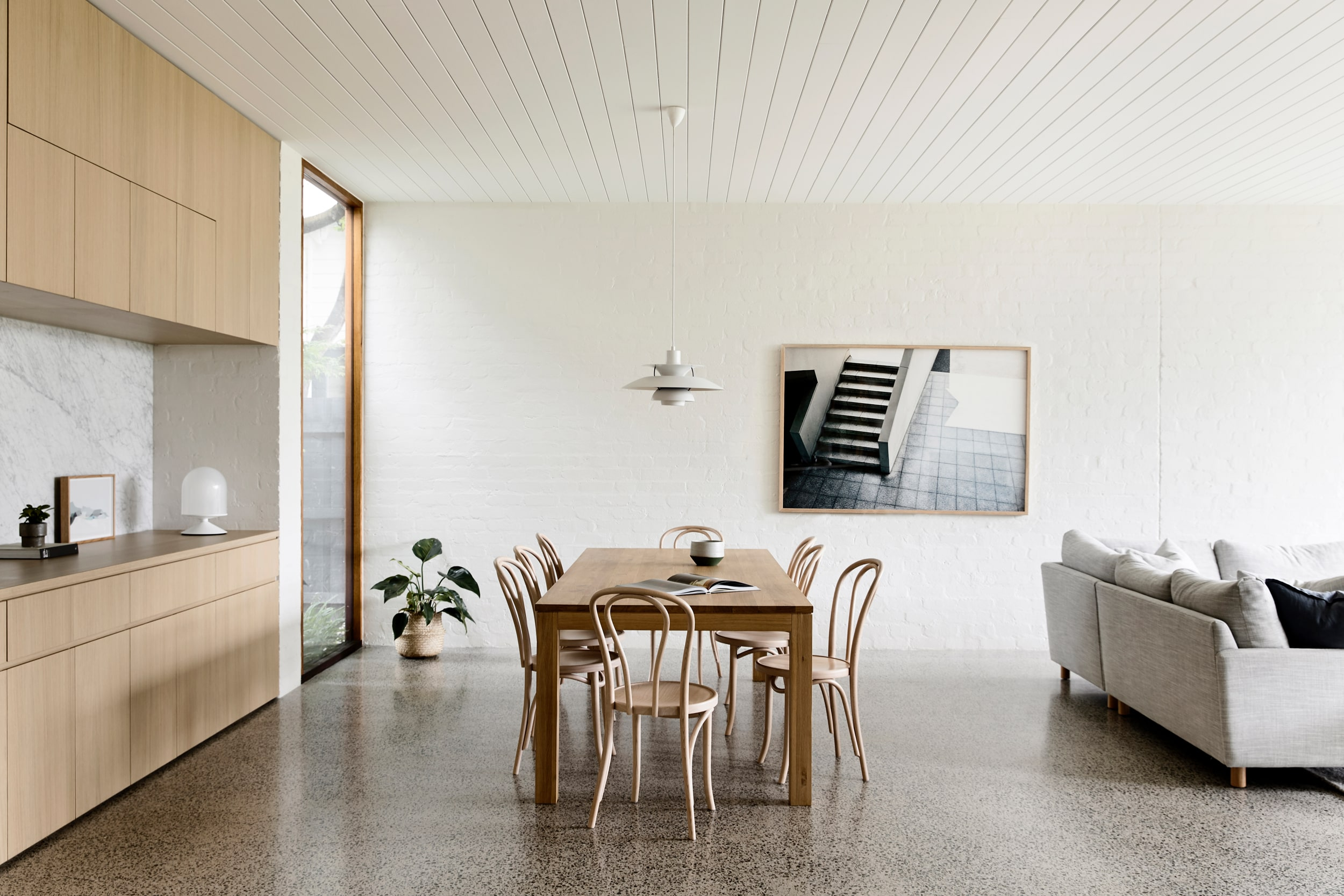 Brighton House Is The Result Of Taking Cues From The Coast