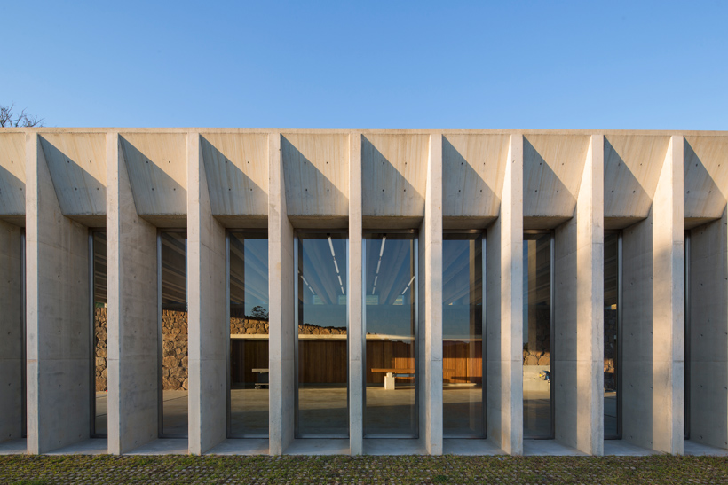 Concrete Serves As A Universal Material That Can Be Perceived In Various Ways And Used For Both 'structure' And 'enclosure.