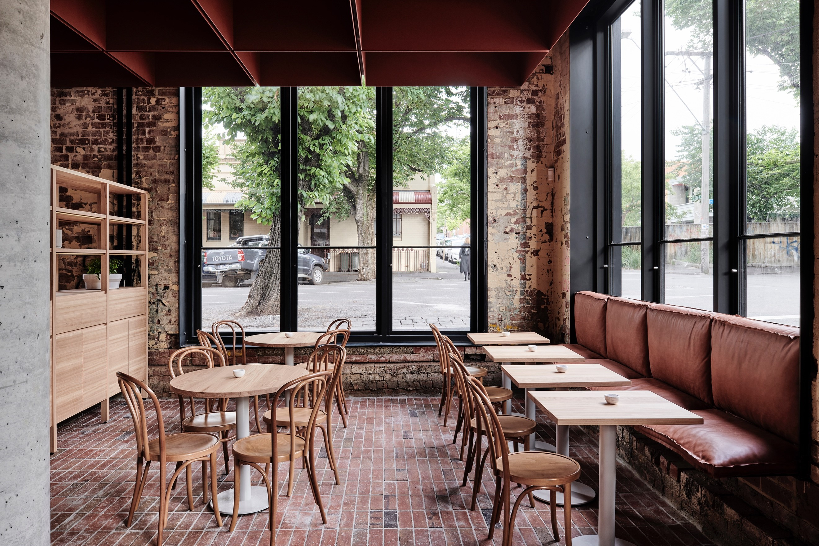 In Melbourne's Bustling Northside Suburb Of Fitzroy Sits Ritz&ghougassian's Masterfully Designed Bentwood Café