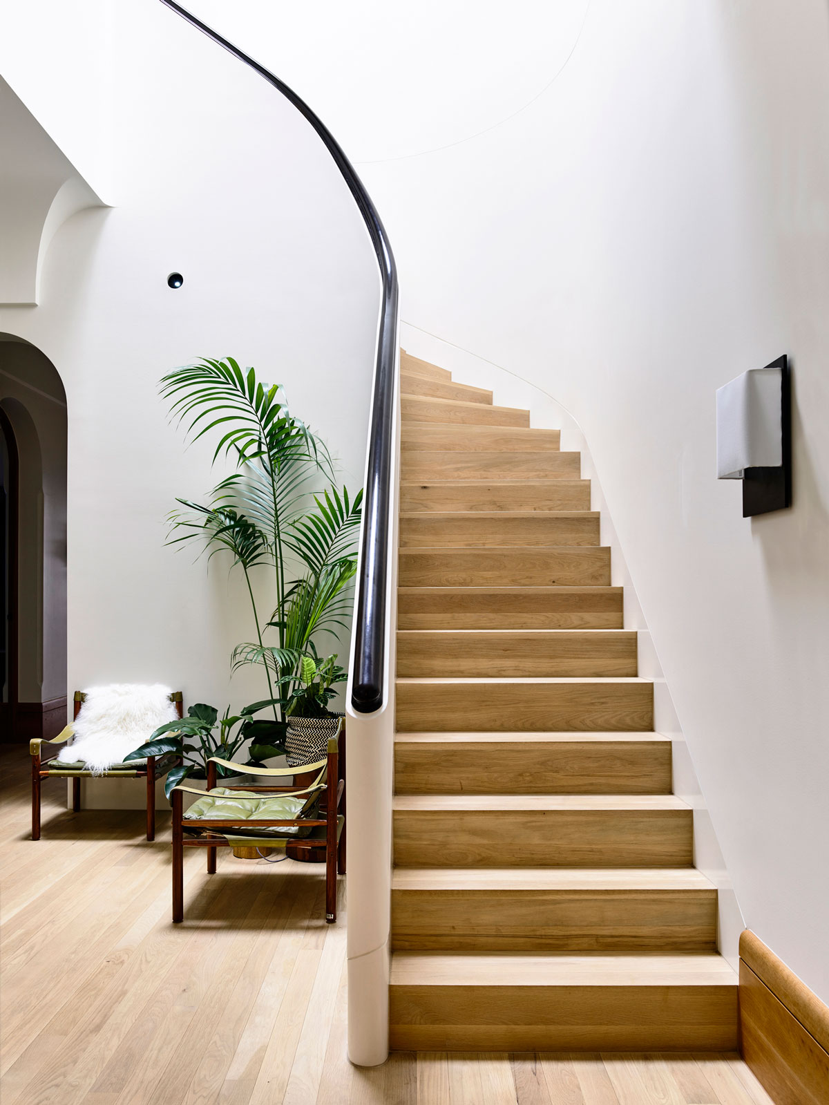 Seeing An Albert Park Period Home Injected With A Modern Overhaul.